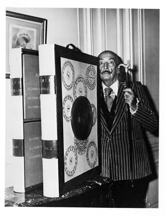 Dalí and Portfolio, Black and White